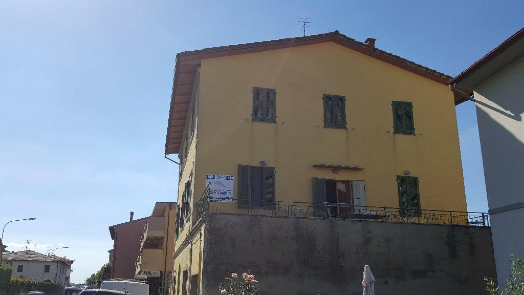 Casa indipendente a catena cod 1015 agenzia for Catena negozi arredamento casa